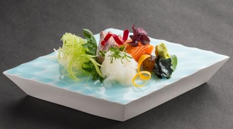 SASHIMI selection 3 poissons_Restaurant YOSHI_Hotel Metropole MC_StudioPhenix.jpg