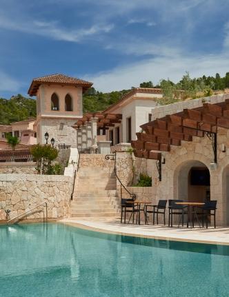 Park-Hyatt-Mallorca-Pool-with-Tower