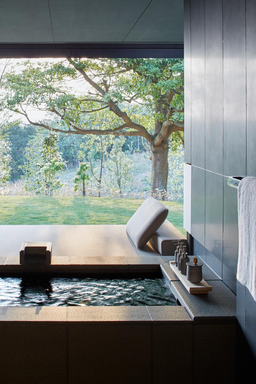 Mori Suite onsen overlooking garden