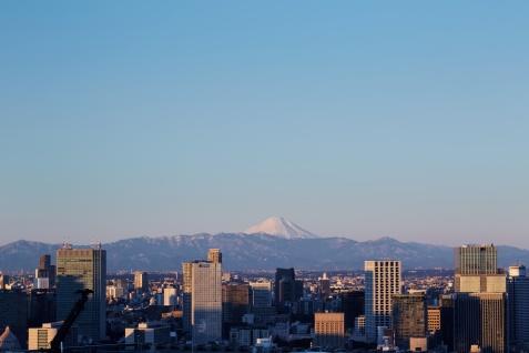 Views across Tokyo skyline towards Mount Fuji