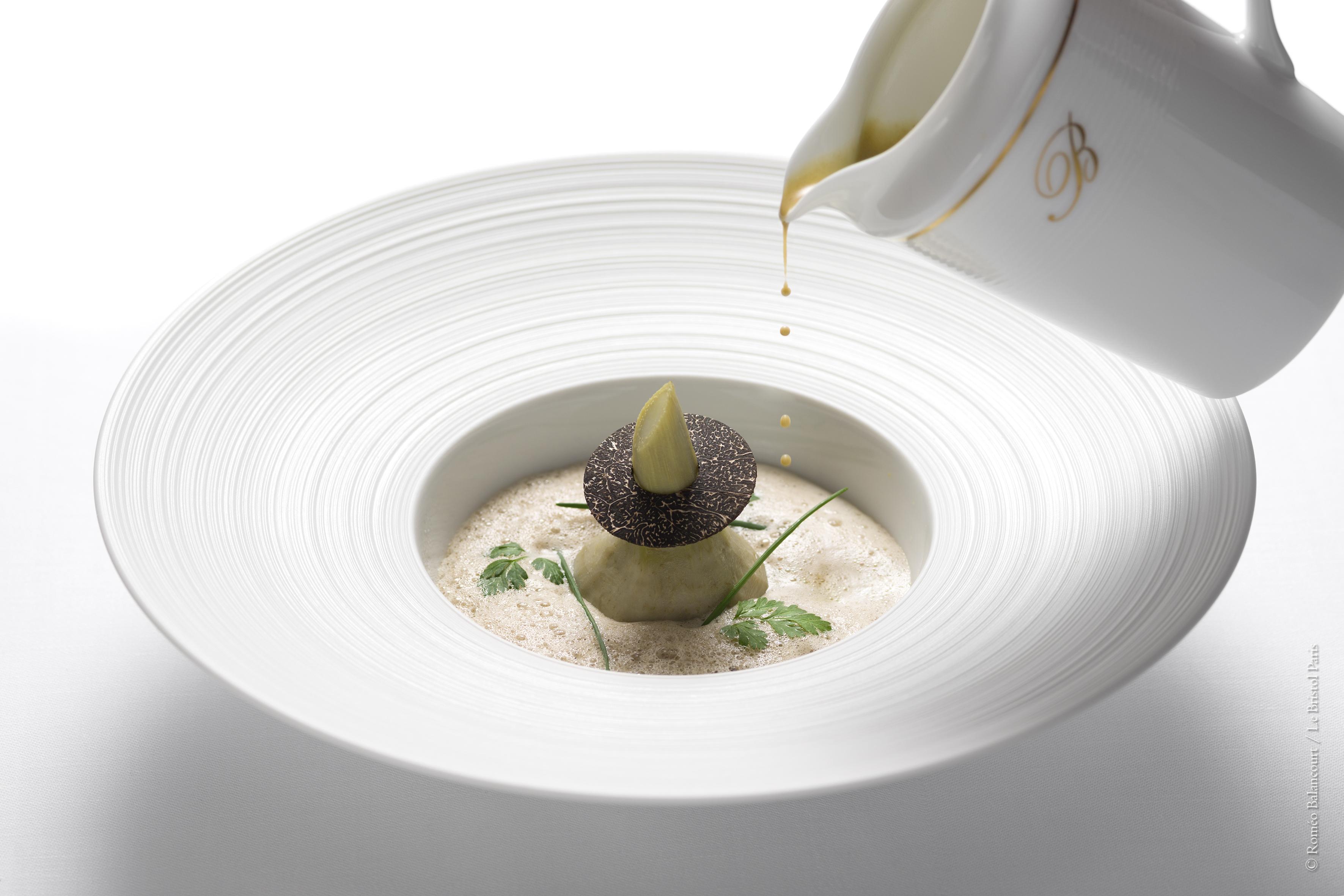 114_Faubourg_-_Soupe_d_artichaut__escalope_de_foie_gras_poelee__emulsion_a_la_tr_0018