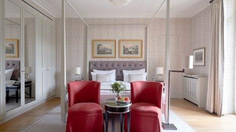 Villa-Stephanie-Superior-Room-Bedroom_8917