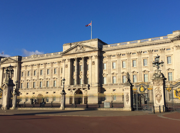 London_Buckingham_Palace_2313